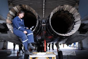 Israel_Defense_Forces_-_Airplane_Technician,_March_2010
